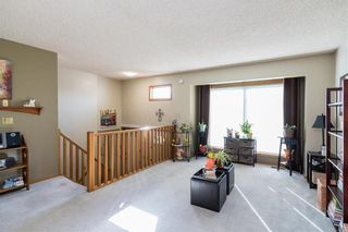 Photo 4: 28 Highcastle Crescent in Winnipeg: River Park South Residential for sale (2F)  : MLS®# 202124104