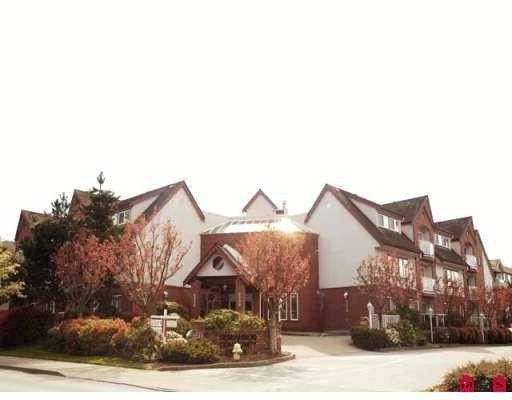 """Main Photo: 204 2229 152ND Street in White_Rock: Sunnyside Park Surrey Condo for sale in """"Semiahmoo Court"""" (South Surrey White Rock)  : MLS®# F2813826"""