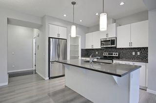 Photo 14: 39 Legacy Close SE in Calgary: Legacy Detached for sale : MLS®# A1127580