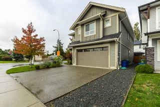 Photo 3: 10209 KENT Road in Chilliwack: Fairfield Island House for sale : MLS®# R2625714