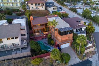 Photo 4: PACIFIC BEACH House for sale : 4 bedrooms : 2491 Wilbur Ave in San Diego