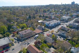 Photo 5: 1867 Oak Bay Ave in : Vi Fairfield East Retail for sale (Victoria)  : MLS®# 873690