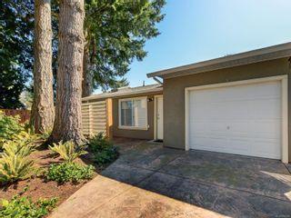 Photo 31: 747 Haliburton Rd in : SE Cordova Bay House for sale (Saanich East)  : MLS®# 872726