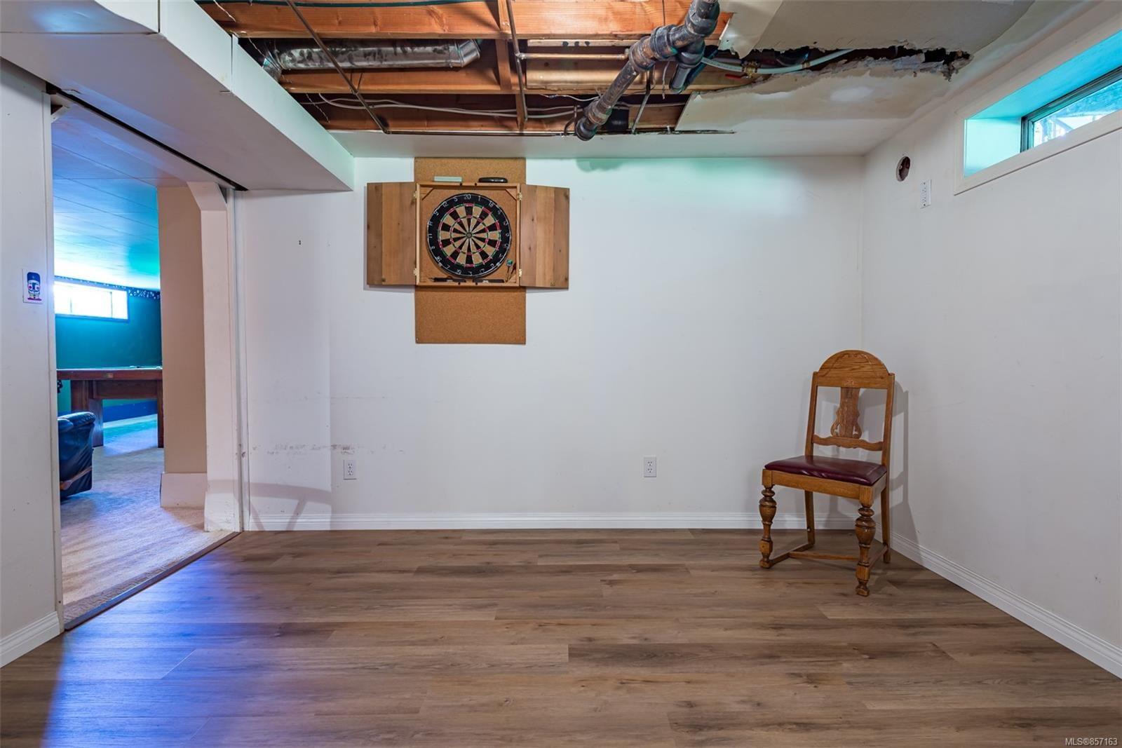 Photo 44: Photos: 4241 Buddington Rd in : CV Courtenay South House for sale (Comox Valley)  : MLS®# 857163