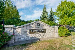 """Photo 39: 8 2738 158 Street in Surrey: Grandview Surrey Townhouse for sale in """"CATHEDRAL GROVE"""" (South Surrey White Rock)  : MLS®# R2463712"""
