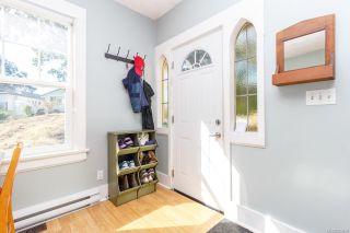 Photo 4: 1512 Pearl St in Victoria: Vi Oaklands Half Duplex for sale : MLS®# 853894