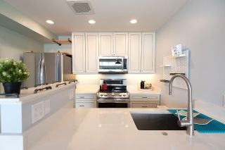 """Photo 17: 306 5 K DE K Court in New Westminster: Quay Condo for sale in """"Quayside Terrace"""" : MLS®# R2585384"""