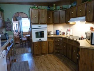 """Photo 6: 31 2305 200 Street in Langley: Brookswood Langley Manufactured Home for sale in """"Cedar Lane"""" : MLS®# R2223523"""