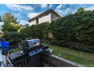Photo 12: 104 1028 Balmoral Rd in VICTORIA: Vi Central Park Condo for sale (Victoria)  : MLS®# 742330