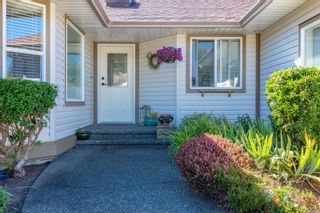 Photo 2: 2784 Bradford Dr in : CR Willow Point House for sale (Campbell River)  : MLS®# 884927