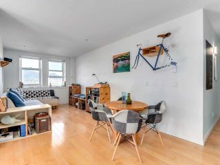 """Photo 4: 701 233 ABBOTT Street in Vancouver: Downtown VW Condo for sale in """"Abbott Place"""" (Vancouver West)  : MLS®# R2578437"""