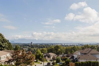 Photo 3: 2908 KALAMALKA Drive in Coquitlam: Coquitlam East House for sale : MLS®# R2622040