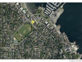 Photo 15: 401 1175 Newport Ave in VICTORIA: OB South Oak Bay Condo for sale (Oak Bay)  : MLS®# 743446