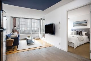 """Photo 10: 1507 33 SMITHE Street in Vancouver: Yaletown Condo for sale in """"COOPERS LOOKOUT"""" (Vancouver West)  : MLS®# R2539609"""