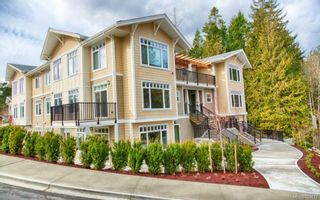 Photo 2: 302 595 Latoria Rd in Colwood: Co Olympic View Condo for sale : MLS®# 700812