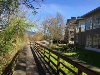 """Photo 4: 216 2559 PARKVIEW Lane in Port Coquitlam: Central Pt Coquitlam Condo for sale in """"THE CRESCENT"""" : MLS®# R2156465"""