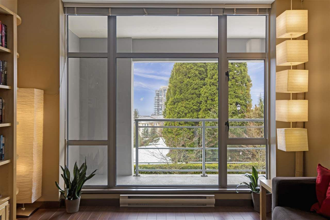 """Main Photo: 506 280 ROSS Drive in New Westminster: Fraserview NW Condo for sale in """"THE CARLYLE"""" : MLS®# R2539854"""