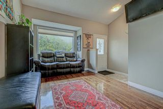 Photo 6: 871 Riverbend Drive SE in Calgary: Riverbend Detached for sale : MLS®# A1151442