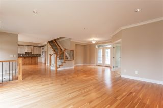 "Photo 7: 3874 COACHSTONE Way in Abbotsford: Abbotsford East House for sale in ""Creekstone on the Park"" : MLS®# R2373210"