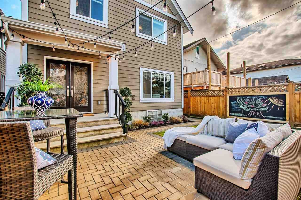 Main Photo: 4315 PERRY STREET in Vancouver: Knight 1/2 Duplex for sale (Vancouver East)  : MLS®# R2140776