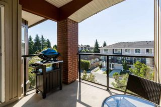 Photo 9: 307 19774 56 Avenue in Langley: Langley City Condo for sale : MLS®# R2437992