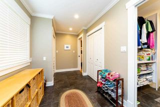 Photo 17: 2571 NEWMARKET Drive in North Vancouver: Edgemont House for sale : MLS®# R2460587