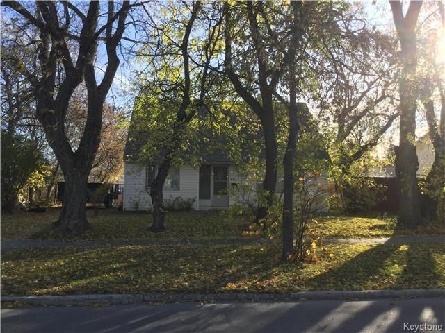 Main Photo: 871 Isbister: Residential for sale (5H)  : MLS®# 1727249