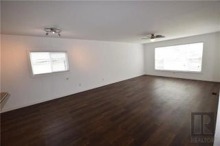 Photo 5: 8 CEDAR Crescent in St Clements: Pineridge Trailer Park Residential for sale (R02)  : MLS®# 1820053