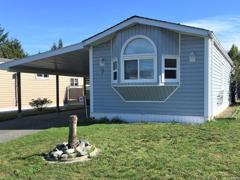 FEATURED LISTING: 7 - 658 Alderwood Dr LADYSMITH