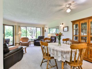 Photo 5: 2 215 Evergreen St in PARKSVILLE: PQ Parksville Row/Townhouse for sale (Parksville/Qualicum)  : MLS®# 823726
