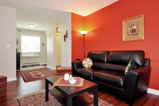 """Photo 4: 304 1189 WESTWOOD Street in Coquitlam: North Coquitlam Condo for sale in """"LAKESIDE TERRACE"""" : MLS®# R2416866"""