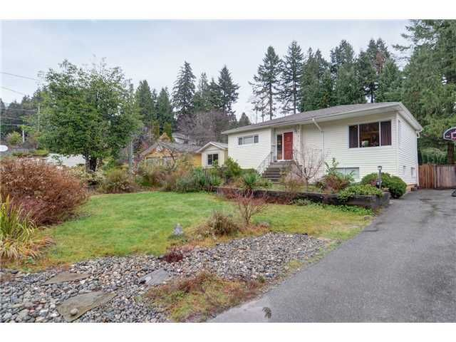 Main Photo: 3640 EMERALD Drive in North Vancouver: Home for sale : MLS®# V982260