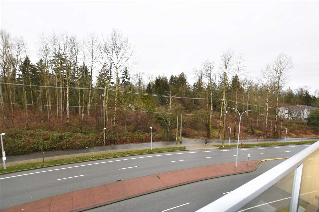 """Photo 12: Photos: 404 19228 64 Avenue in Surrey: Clayton Condo for sale in """"Focal Point"""" (Cloverdale)  : MLS®# R2535709"""