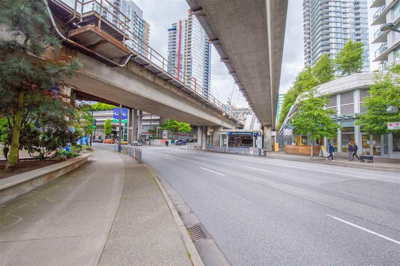 """Photo 15: Photos: 2609 688 ABBOTT Street in Vancouver: Downtown VW Condo for sale in """"FIRENZE ii"""" (Vancouver West)  : MLS®# R2579446"""