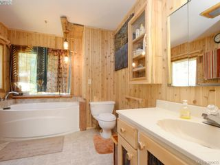 Photo 13: 3109 Cameron-Taggart Rd in COBBLE HILL: ML Cobble Hill House for sale (Malahat & Area)  : MLS®# 785077