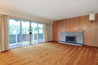 Photo 2: 882 SEYMOUR Drive in Coquitlam: Chineside House for sale : MLS®# R2247380