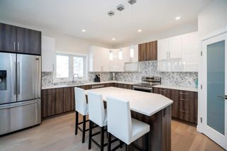 Photo 10: 445 Scotswood Drive South in Winnipeg: Charleswood Residential for sale (1G)  : MLS®# 202004764
