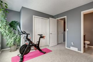 Photo 17: 440 Ascot Circle SW in Calgary: Aspen Woods Row/Townhouse for sale : MLS®# A1090678
