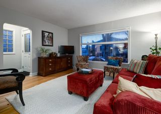 Photo 5: 3414 2 Street NW in Calgary: Highland Park Detached for sale : MLS®# A1079968
