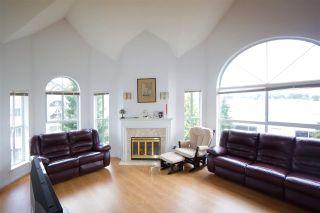 Photo 1: 305 7161 121 Street in Surrey: West Newton Condo for sale : MLS®# R2352548