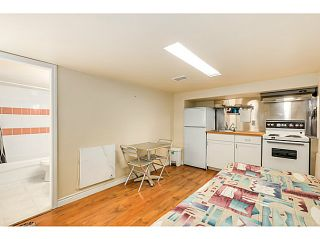 """Photo 11: 5105 RUBY Street in Vancouver: Collingwood VE House for sale in """"Collingwood"""" (Vancouver East)  : MLS®# V1082069"""