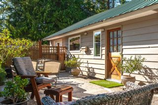 Photo 6: 389 Dorset Rd in : PQ Qualicum Beach House for sale (Parksville/Qualicum)  : MLS®# 854947