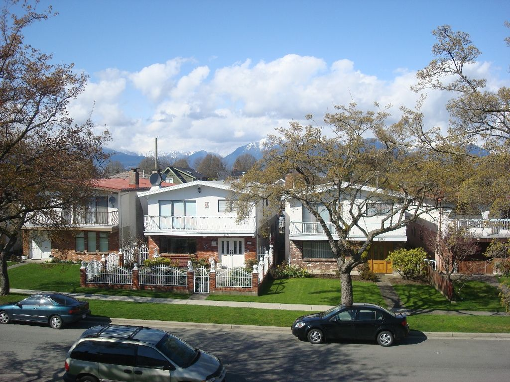 Photo 15: Photos: 1304 E 26TH Avenue in Vancouver: Knight 1/2 Duplex for sale (Vancouver East)  : MLS®# V882606
