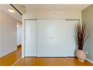 "Photo 10: 806 168 POWELL Street in Vancouver: Downtown VE Condo for sale in ""SMART"" (Vancouver East)  : MLS®# V1133294"