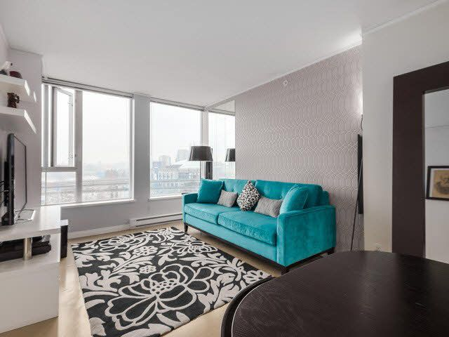 """Photo 3: Photos: 1010 550 TAYLOR Street in Vancouver: Downtown VW Condo for sale in """"TAYLOR"""" (Vancouver West)  : MLS®# V1097572"""