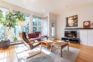 Photo 3: 968 E 15TH Avenue in Vancouver: Mount Pleasant VE 1/2 Duplex for sale (Vancouver East)  : MLS®# R2554475