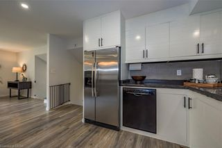 Photo 13: 33 SPENCER Crescent in London: North G Residential for sale (North)  : MLS®# 40139251