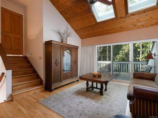Photo 4: 834 Pears Rd in : Me Metchosin House for sale (Metchosin)  : MLS®# 864103