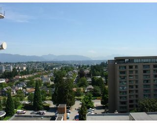 """Photo 10: 1303 612 6TH Street in New_Westminster: Uptown NW Condo for sale in """"THE WOODWARD"""" (New Westminster)  : MLS®# V659240"""