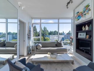 Photo 2: 1101 1468 W 14TH Avenue in Vancouver: Fairview VW Condo for sale (Vancouver West)  : MLS®# R2608942